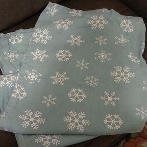 Shower curtain, snowflake design
